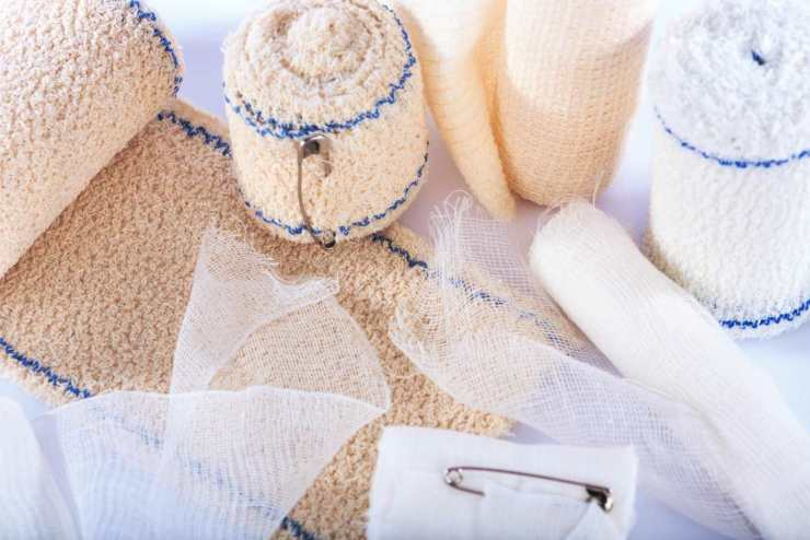 Different types of medical bandages | How To Build A First Aid Kit