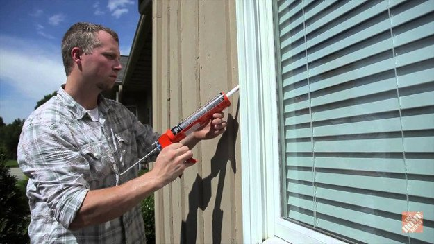Check for cracks in your windows or doors | Winter Survival | What To Do When The Heat Goes Out