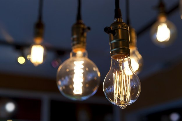 Incandescent Lights | Winter Survival | What To Do When The Heat Goes Out