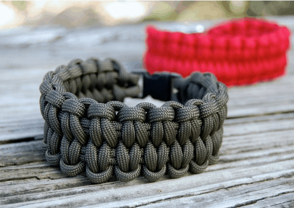 Step by Step Paracord Bracelet Tutorial | Blaze Bar Bracelet | Survival Life