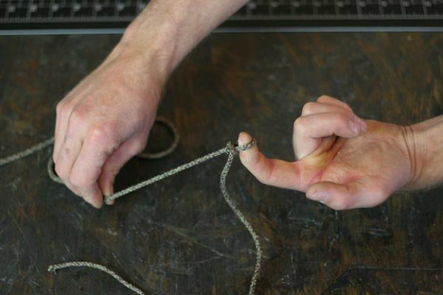 Fasten the Remaining Loop on Your Object | Paracord Knots and Hitches | How To Make Paracord Hitches