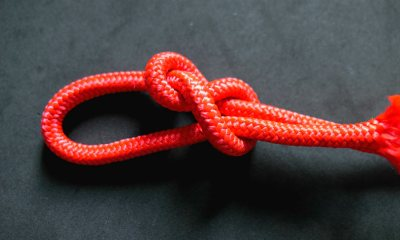 Feature | Red Paracord | Paracord Knots and Hitches | How To Make Paracord Hitches | paracord lanyard knots