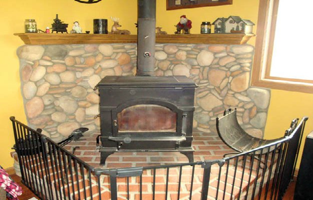 wood burning stove, how to stay warm, stay warm in winter, emergency heating