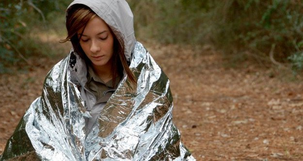 Mylar Blankets | 25 Winter Bug Out Bag Essentials You Need To Survive