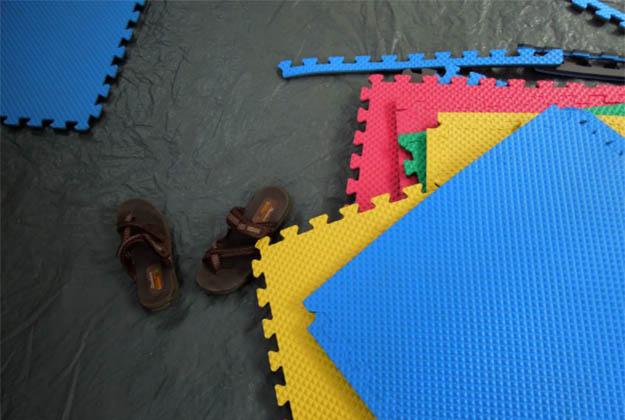 Foam Floor Tiles | 25 Badass Camping Hacks For Your Next Trip