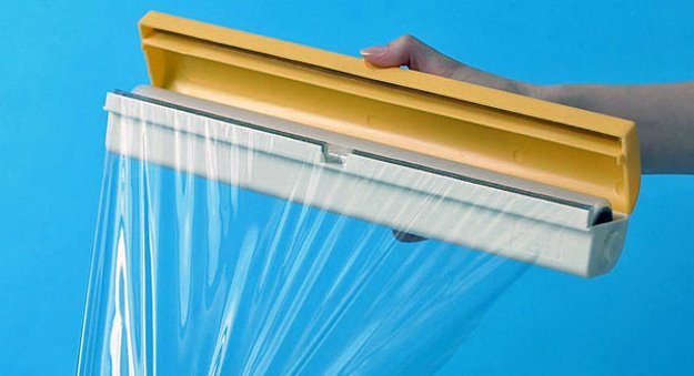 Plastic Wrap   10 Everyday Things That Can Absolutely Save Lives