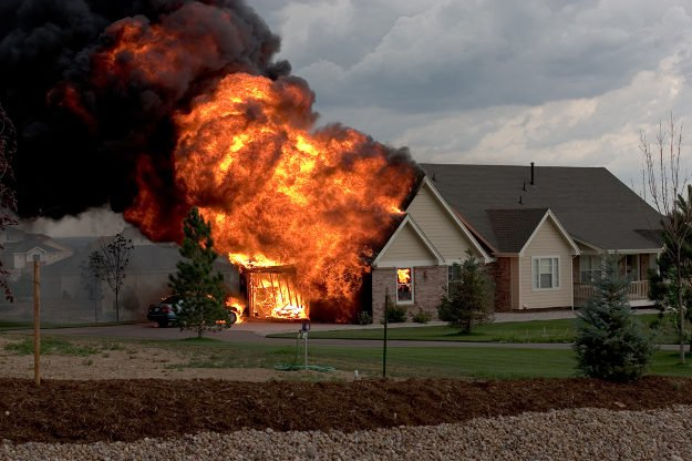Use Fire-Retardant and Waterproof Materials | Time of Tempest |17 Trouble-Free Ways To Have A Storm-Proof House