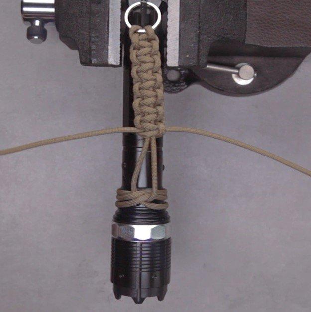Flashlight Paracord Strap Step Eight