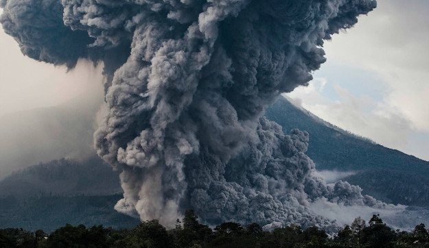 Super Volcano Eruption   Doomsday Countdown: 10 Cataclysmic Events That Humanity Cannot Survive
