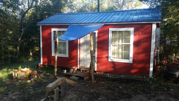 outside-full-view-of-james-tiny-home