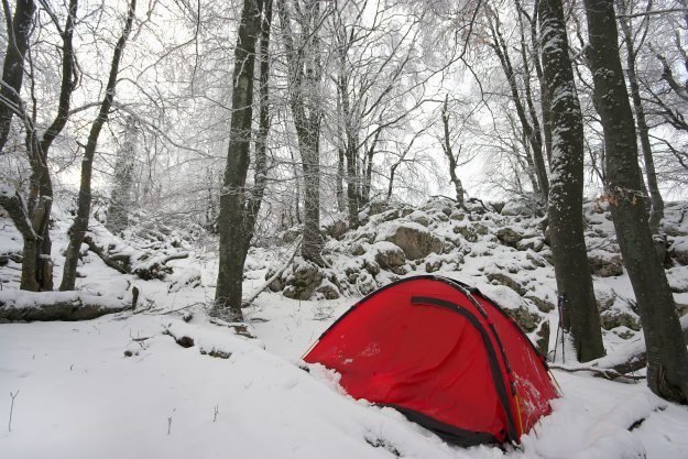 tent-in-the-snow Camping Checklist: Tips for a Safe Fall and Winter Camping Trip