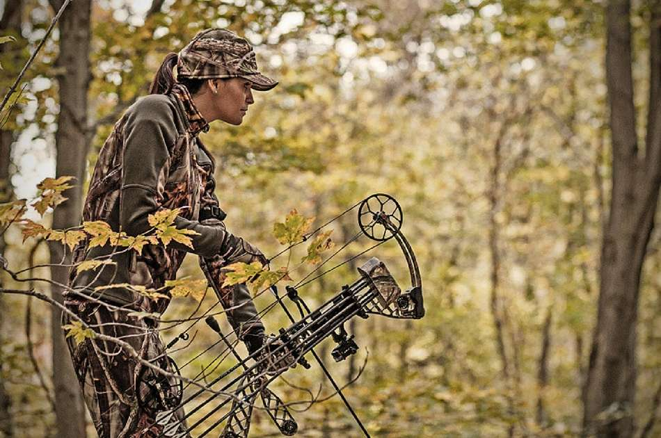 deer-hunting-clothes-featured-image