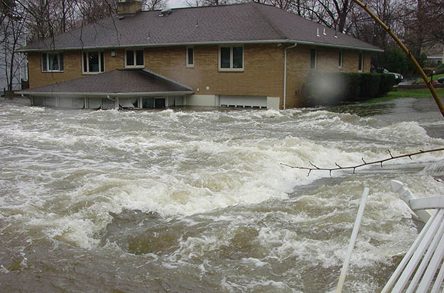 Getting through Floods | Disaster Survival Skills: Getting Ready for the Worst