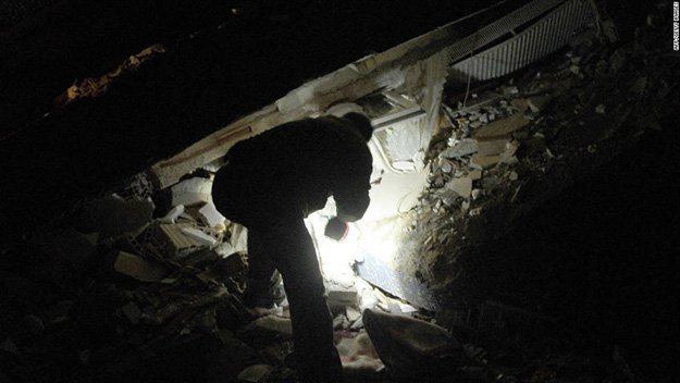 Assess The Situation | Building Collapse Survival Tips | Survival Life