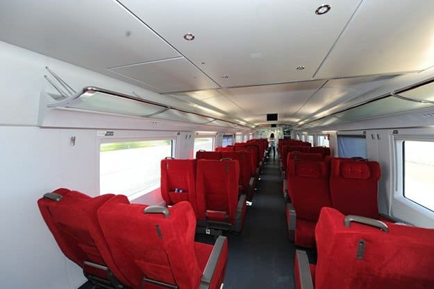 Know Which Seat Is The Safest | 7 Rail Accidents Survival Tips