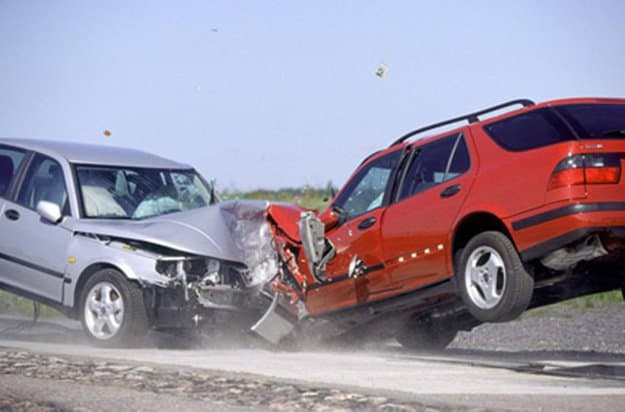Avoid Head-On Collisions or Side Impacts | 9 Road Accidents Survival Tips