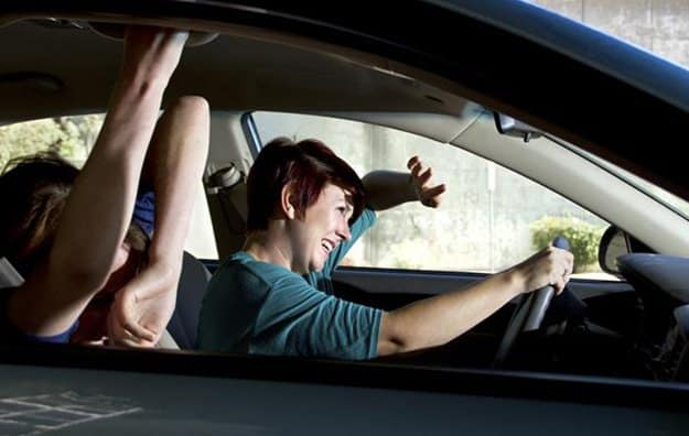 Don't Duck or Brace   9 Road Accidents Survival Tips