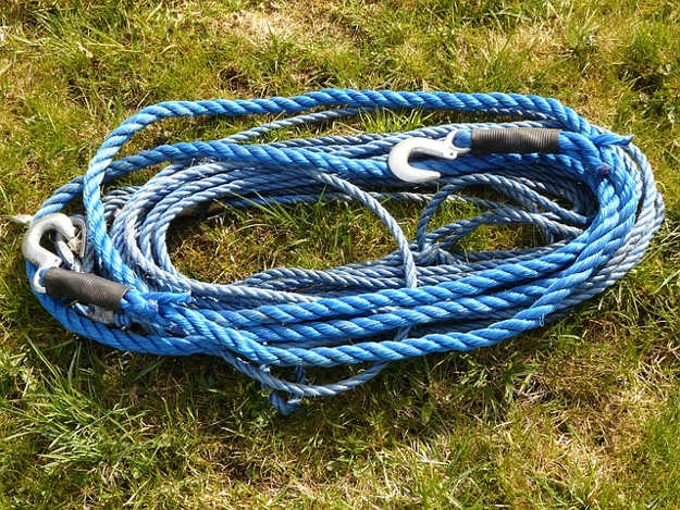 Tow Rope | Roadside Emergency Kit You Need In Your Vehicle