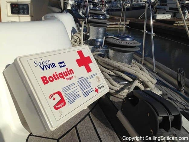 Perform First Aid Treatment | 9 Shipwreck Survival Skills You Should Know About