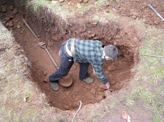 Digging | How To Create A Dug Out Survival Shelter