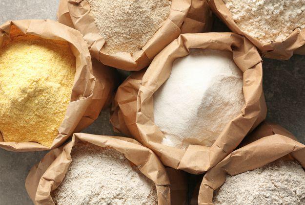 Flour   Cattails Survival Uses