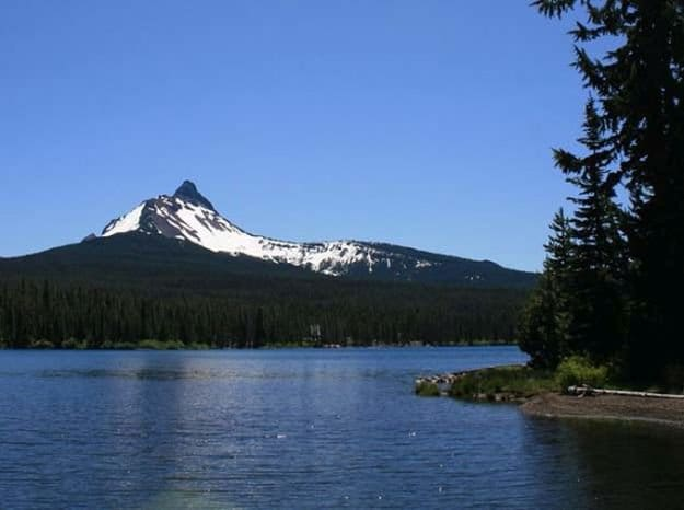 """Camping in Oregon 