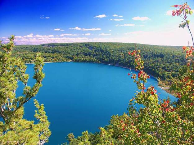 Camping in Wiscons in the fall | Best Campgrounds Across The U.S.