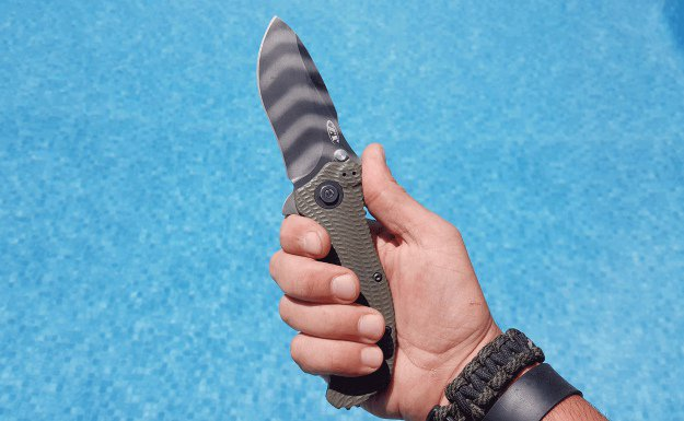 Altering Clothing | 10 Top Reasons To Keep A Pocket Knife In Your EDC
