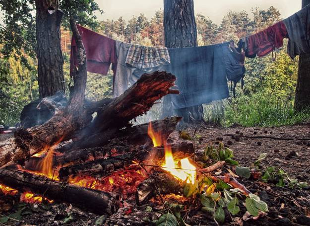 Make A Sturdy Clothesline | Surviving By The Skin Of Your Teeth: Reasons To Stock Up On Dental Floss