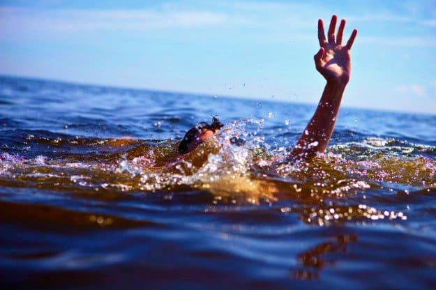 Drowning | Outdoor Survival Tips | Odd Ways People Die So You Don't Have To