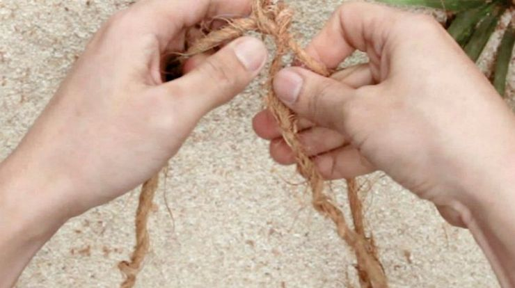 Doing cordage | Obscure Bushcraft Skills For Survival