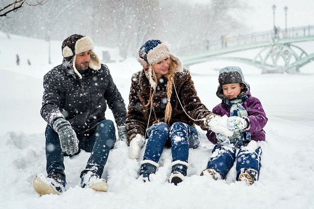 Family During the Winter | Winter Survival | What To Do When The Heat Goes Out | winter survival tips