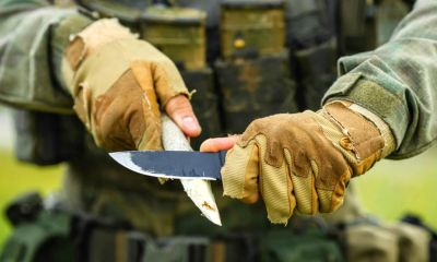 Feature | Soldier with a knife cut a wooden stick | How To Sharpen A Knife At Camp [Video]