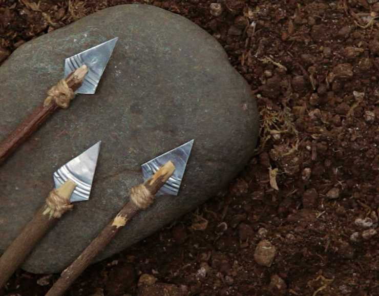 DIY tin can arrow head | Surprising Survival Uses For A Tin Can