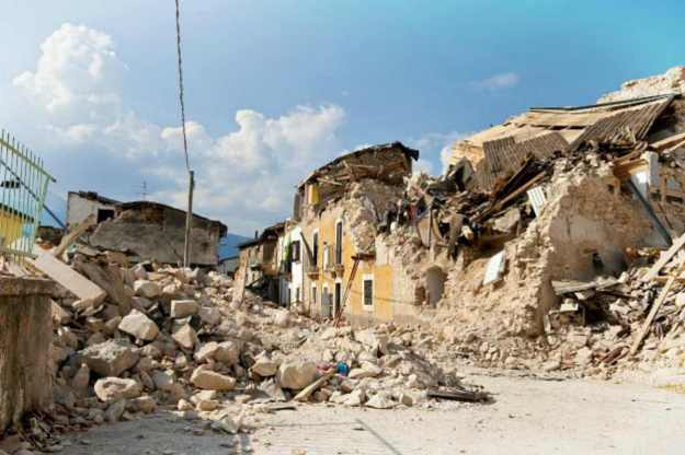 House Collapse   Global Catastrophes To Prepare For NOW