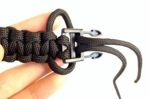 Step 6 paracord bracelet