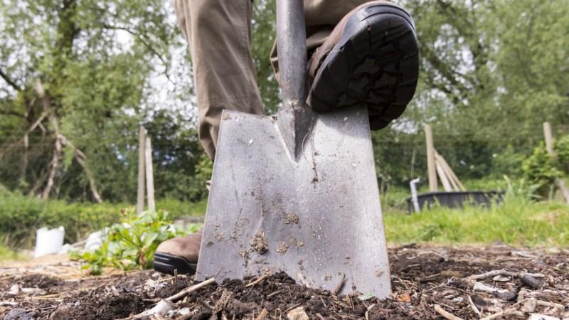 Full Flat Digging Shovel | Gardening Hand Tools You Should Have