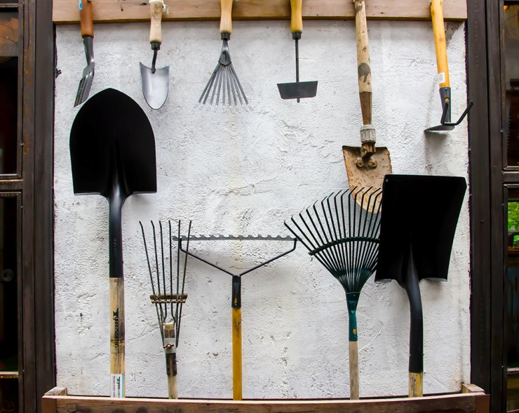Maintain Gardening Tools | Survival Uses for Steel Wool