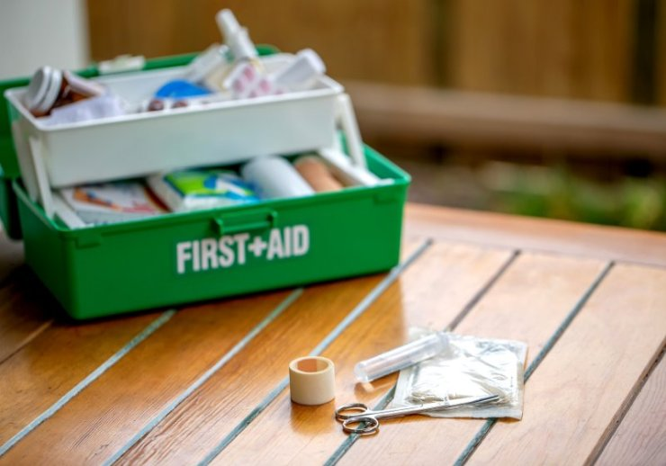 first aid kit on table garden | how to make new year resolution