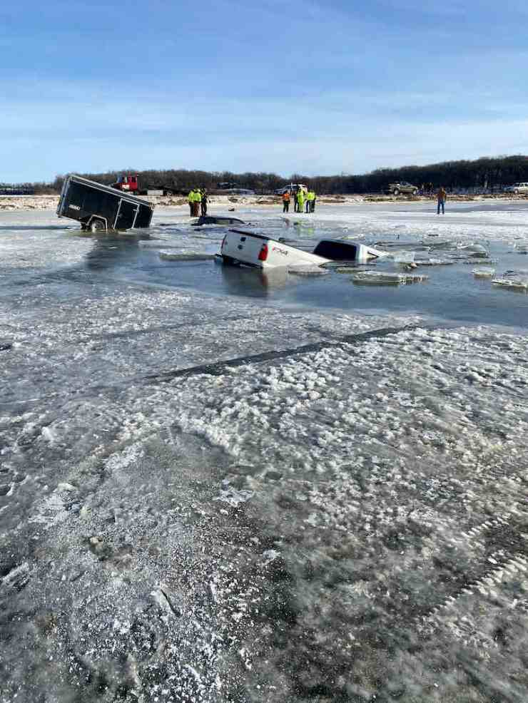 Trucks and trailers that fell through the ice on Lake Shetek in southern Minnesota | ice fishing urban dictionary
