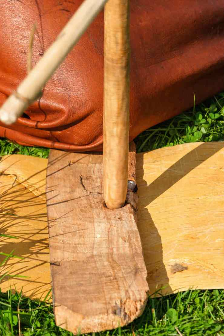 Bow drill an old technique to make embers in a fireboard | Bow drill ancient Egypt