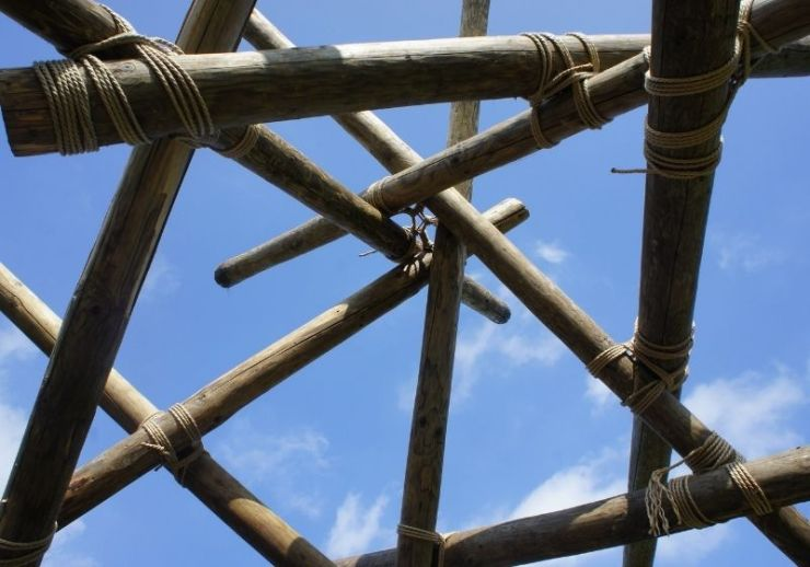 Check out 3 Lashing Methods You Can Use To Tie Wood Together at https://survivallife.com/lashing-methods/