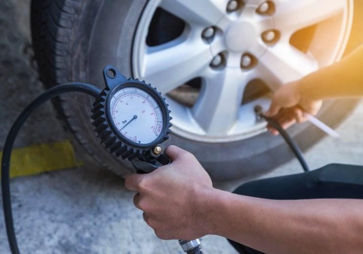 Checking Air Pressure With Gauge Pressure | Car Emergency Kit