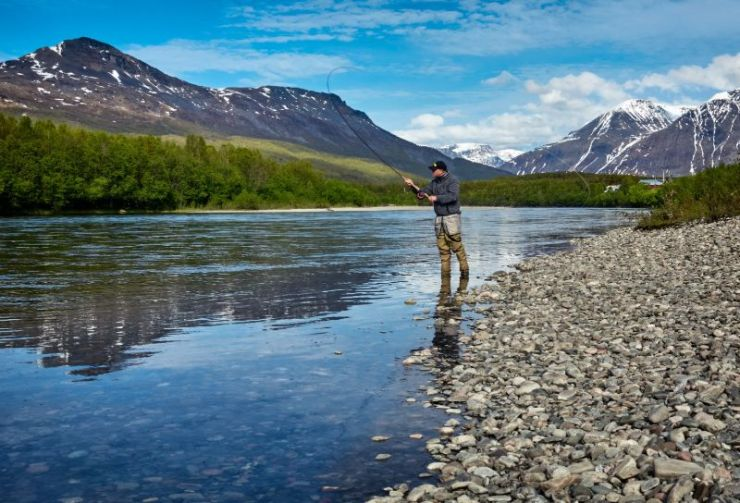 Fly Fishing | How To Survive Without Electricity