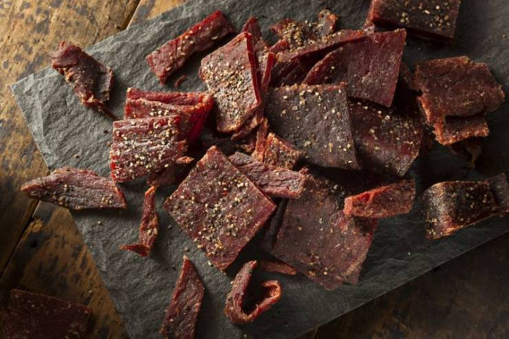 Dried Peppered Beef Jerky Cut in Strips | good foods to dehydrate