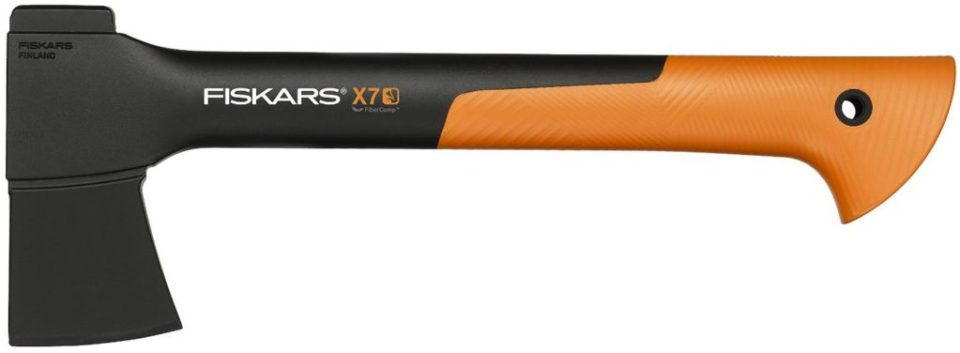 fiskars-x7-axt