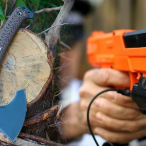 TOP 10 SELF DEFENSE AND SURVIVAL GEAR THAT WILL PROTECT YOU ALL THE TIME