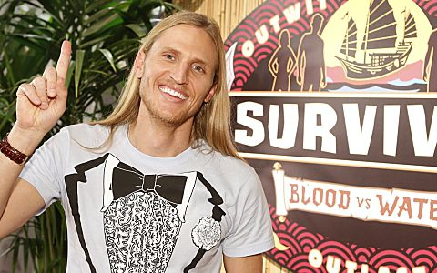 Tyson Apolstol wins Survivor 2013