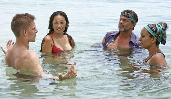 Survivor 2015 castaways in episode 2