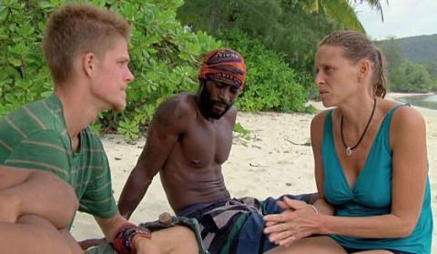 Spencer, Jeremy, and Kimmi plan moves on Survivor